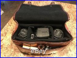 Canon EOS Rebel T5i Camera Bundle in Great Condition in Leather Camera Case