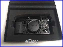 Fuji X-Pro1 16.3MP Digital Camera Boxed with Leather Case Mint cond
