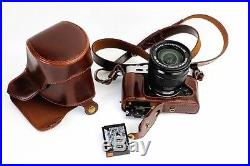 Fuji XT-1 camera in mint condition with leather case (body only)