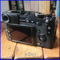 FujiFilm X-Pro 1 Digital Camera in Excellent Condition with Leather Case
