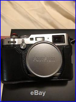Fujifilm X series X100F 24.3MP Camera (Silver) with Leather Case! FREE Shipping