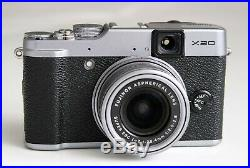 Fujifilm X20 Digital Camera with leather case and accessories. Excellent
