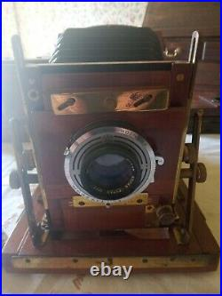 Gandolfi Field Camera with extras and leather case