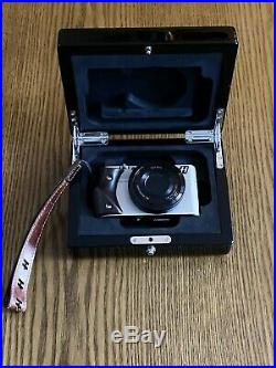 Hasselblad Stellar Wood Grip Camera & Rare Hasselblad Leather Carry Wooden Case