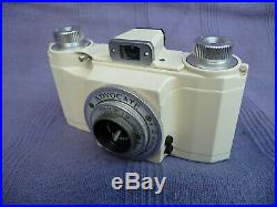 ILFORD ADVOCATE WHITE ENAMEL 35mm CAMERA WITH LEATHER CASE. DALLMEYER 35mm f3.5
