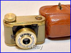 Kunik Walter PETIE Gold Subminiature 14x14mm camera with original leather case