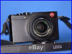 LEICA D-LUX, Type 109, 12.8 mp digital camera with Leather Case. MINT