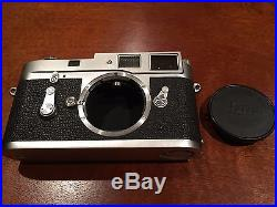 LEICA M2-R Camera Body With Vintage Leather Case In Good Working Condition