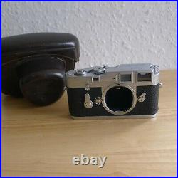 LEICA M3 (Chrom-SS) 1960 (#1008270)35mm camera body + leather case