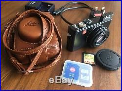 Leica D-LUX 3 10.0MP Digital Camera Black with Leather Case and 32GB SD Card