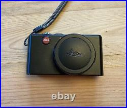 Leica D-Lux 3 Camera with Leather Case