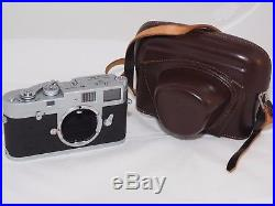 Leica M2 35mm film rangefinder camera. Box. Leather Case. Just CLA'd by Youxin