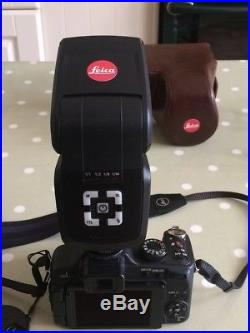 Leica v-lux 2 camera with leather case and leica flash unit