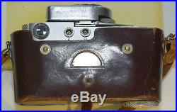 Leitz Leica M2 Camera body withleather case and Leicameter MC ca 1960