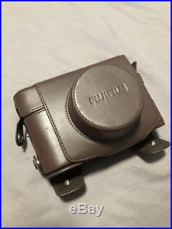 MINT Fujifilm X100F Silver Digital Camera With OEM Leather Case