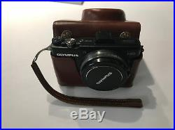 Olympus X-Series XZ-1 10.0MP Digital Camera with gorgeous retro leather case