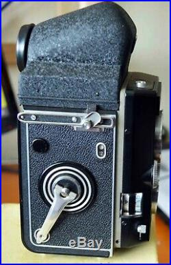 ROLLEI Magic TLR Camera 75mm f3.5 Lens, Prism Viewer, Leather Case, Cap, 1/2 Box