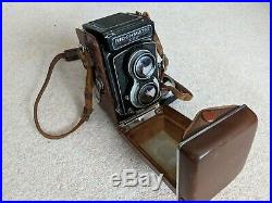 Ricohmatic 225 Twin Lens Reflex Camera And Leather Case