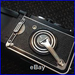 Rolleiflex 3.5 E Xenotar 75mm f/3.5 with Cap & Leather Case TLR Film Camera