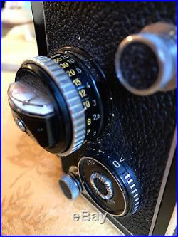 Rolleiflex Synchro-Compur Camera Planar 3.5f with Leather Case Excellent Condition