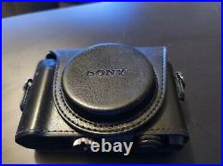 Sony Cyber-shot DSC-HX80 18.2 MP Digital camera with official sony leather case