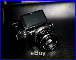 Sony a5000 20.1MP Mirrorless Camera With Meike Lens & Leather Case