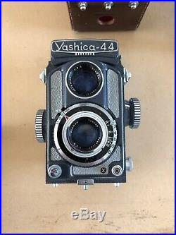 Vintage Yashica 44 Twin Lens 4x4 Film Camera, leather case, flash, Lot Extras