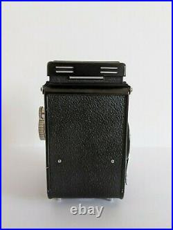 Yashica Mat TLR Medium Format camera with Original Leather Case